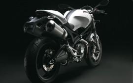 Ducati Monster 696 High...