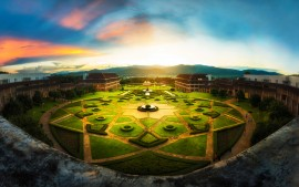 Mae Fah Luang University...